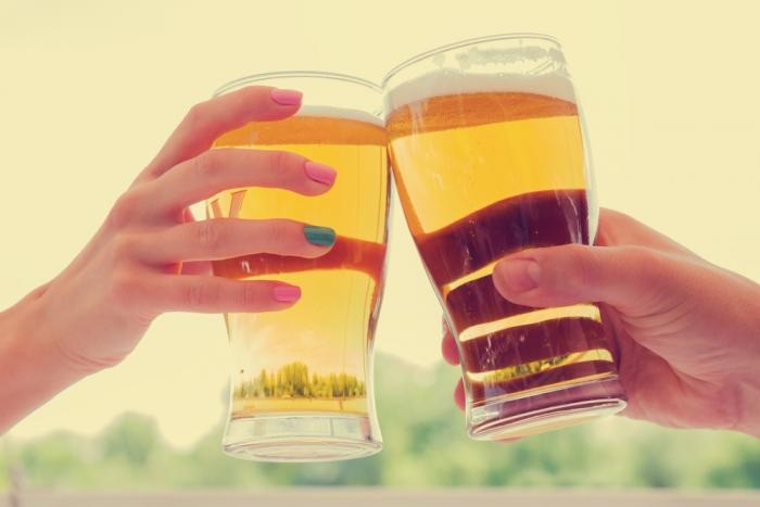 牛乳やトマトジュースも! 地元産の飲み物で乾杯を奨励する「乾杯条例 ...