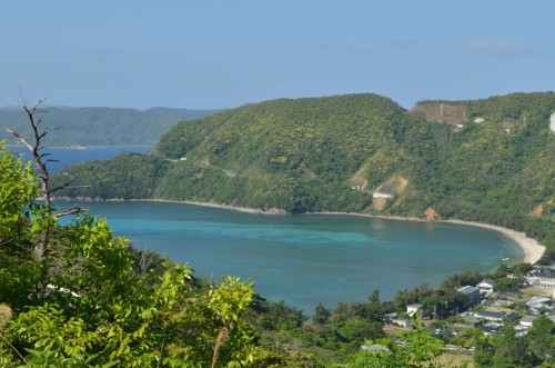 瀬戸内町嘉鉄集落 上から見ると海がハート形に見える